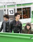 jonas-brothers-cologne-boat-ride_0